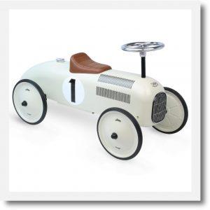 Vilac white ride on classic car