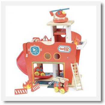 Vilac Vilacity Toy Fire Station